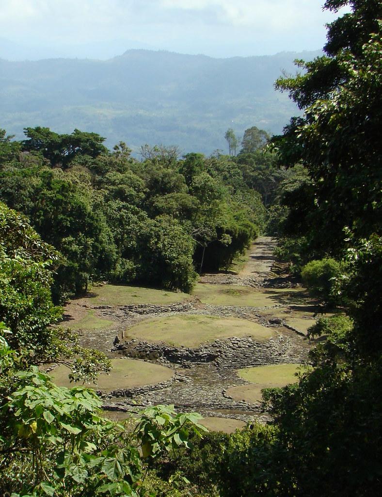 Monumento Guayabo
