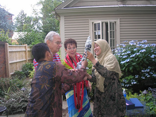 IVLP particpant welcomed by hospitality hosts
