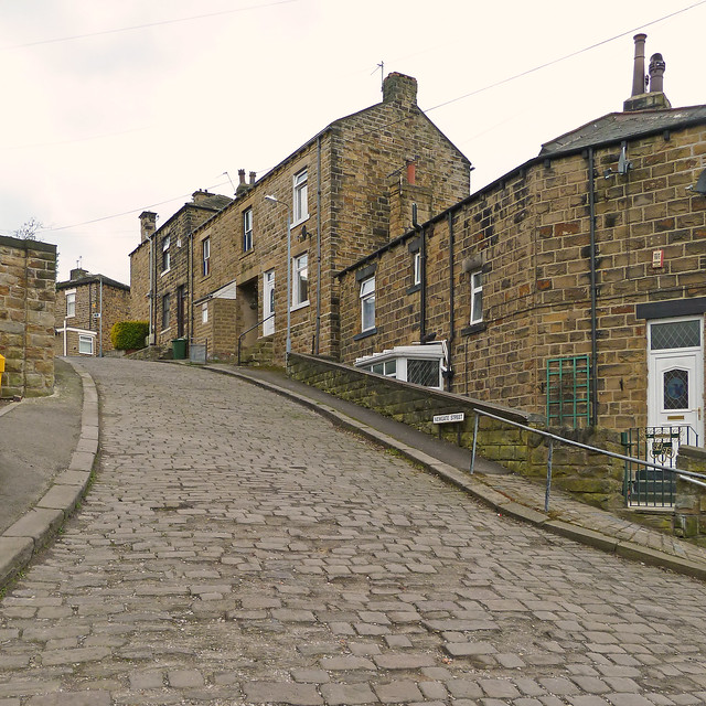 Batley United Kingdom  city photos gallery : ... photos from Hanging Heaton, Batley, England, United Kingdom