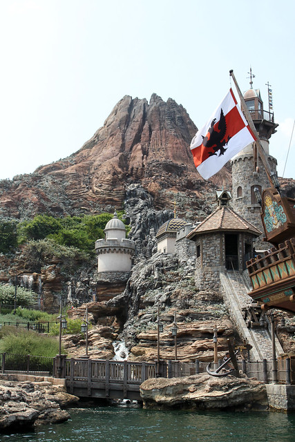 View of the Fortress Explorations and Mount Prometheus from the DisneySea Transit Steamer Line