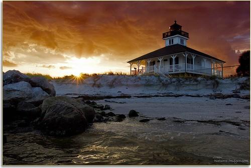 lighthouses sunsets hdr professionalphotographer 1735mm stateparks waterscapes multiimage floridaimages photoworkshops phototours bocagrandelighthouse phototourguide coastalshorelines jmwnaturesimagescom