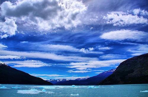 sky patagonia lake argentina clouds hills iceberg bahiaonelli