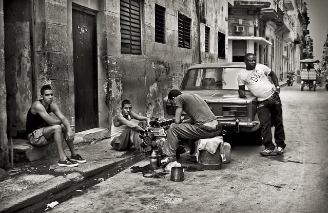 Taller improvisado... (Cuba)
