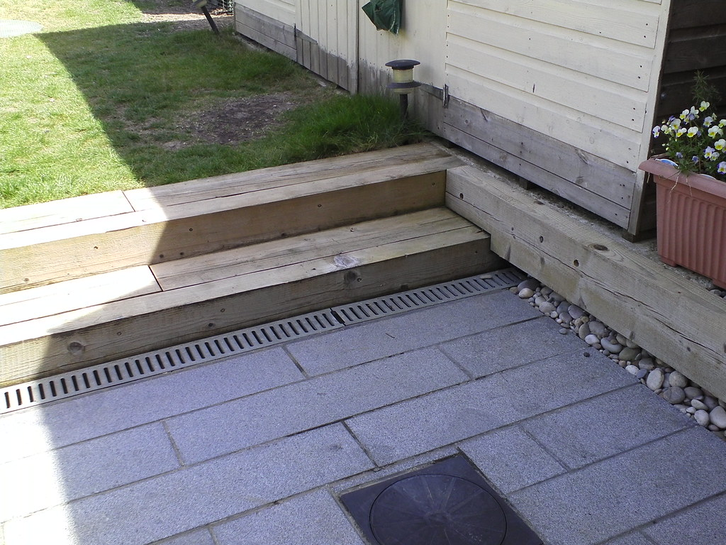 Deck cleaning brush deck cleaning best solution for for Patio cleaning solution