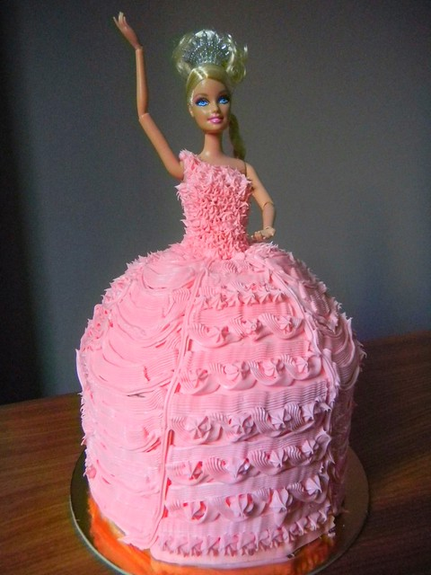 Barbie Cake Images 2018 : ReCPY: Barbie Doll Cake   Umami Mart