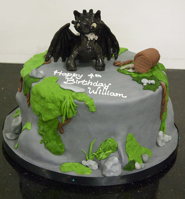 how to train your dragon birthday cake ideas