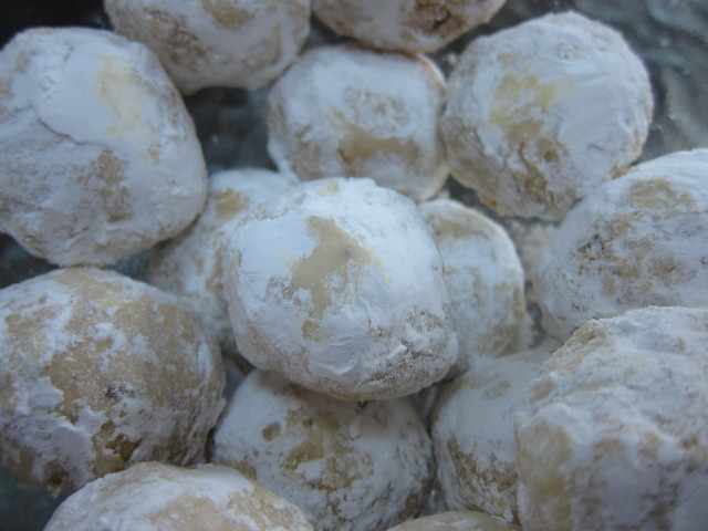 snowball cookies   Flickr - Photo Sharing!