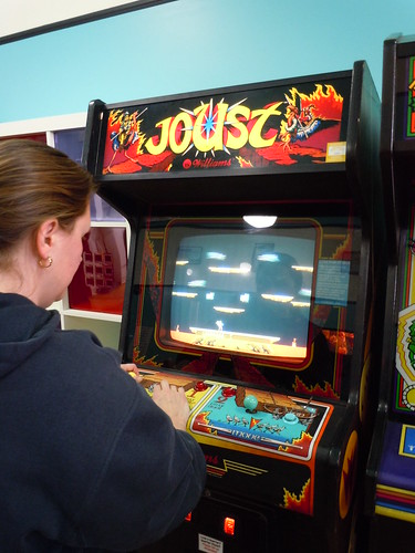 04-21-12 Rusty Quarters Arcade, Minneapolis, MN (Joust Player)