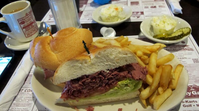 Deluxe corned beef sandwich