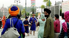 Visitors outside Gurudwara Bangla Sahib, sikh temple in Delhi