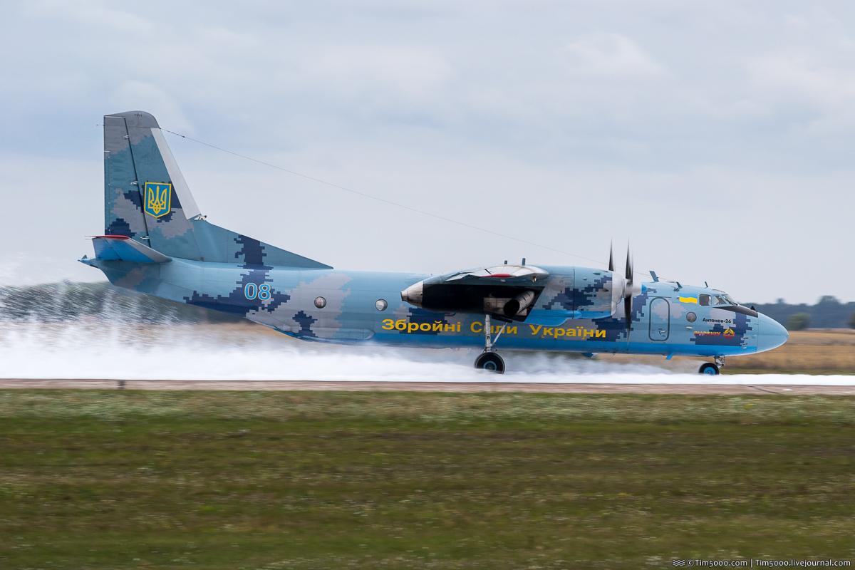 Учения аварийно-спасательных служб в Борисполе и посадка самолета на пену!