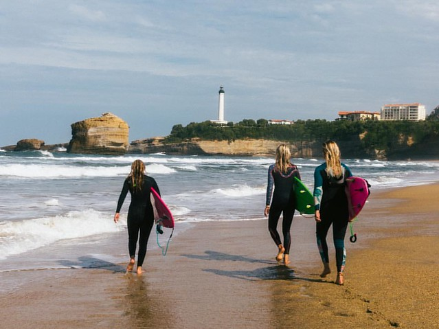 bye bye for now, Biarritz! Your waves captured my heart and I can't wait to come back again. ❤️💙