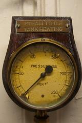 hand(0.0), watch(0.0), clock(0.0), barometer(1.0), tool(1.0), gauge(1.0), measuring instrument(1.0),