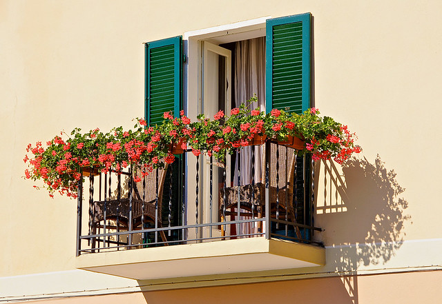 Italian balcony flickr photo sharing for Balcony in italian