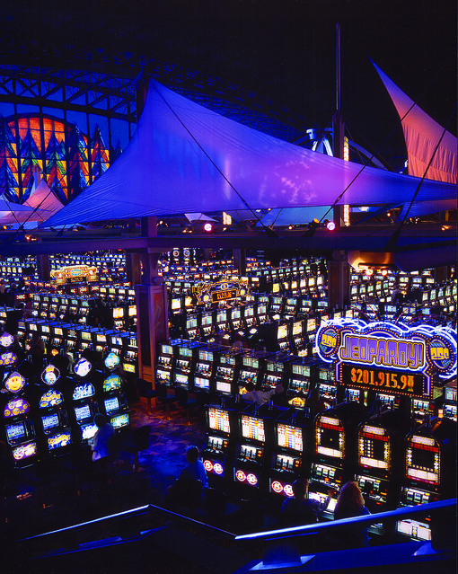 Seneca niagara casino phone number