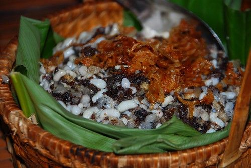 sticky rice with ants' eggs