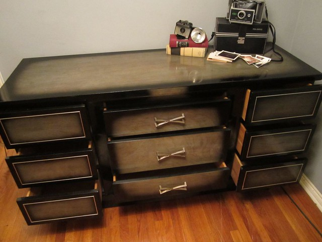 Beautiful vintage american of martinsville vintage black for American martinsville bedroom furniture