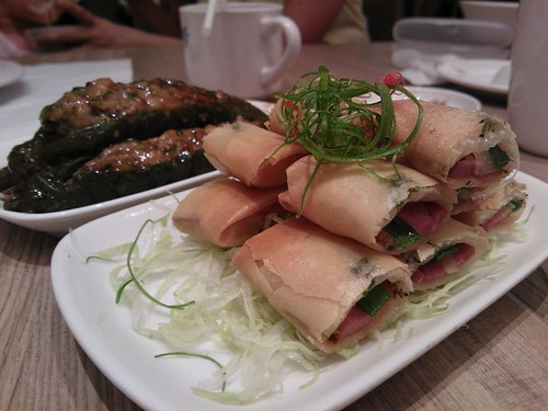 Sliced Duck in Crispy Spring Onion Patty and Green Chilies Stuffed with Marinated Minced Meat