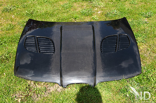 Carbon bonnet top view