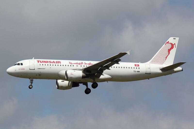 Tunis Air - A320 - TS-IMM (1)