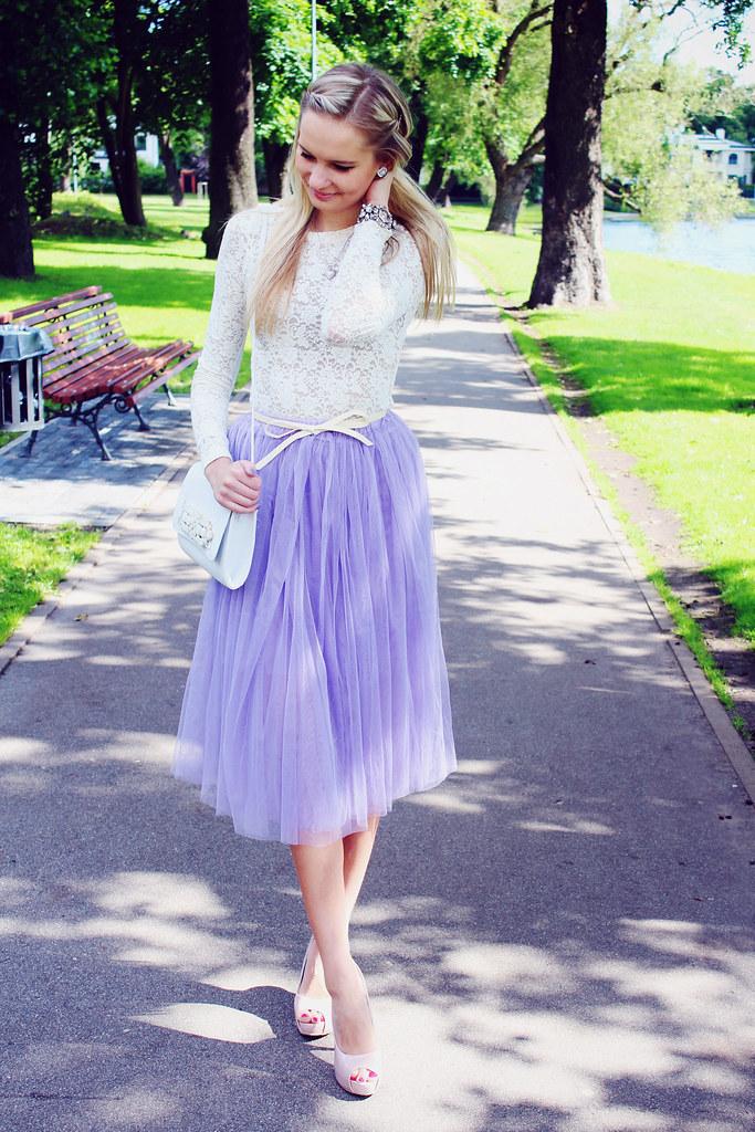 blonde-girl-wearing-white-lace-blouse