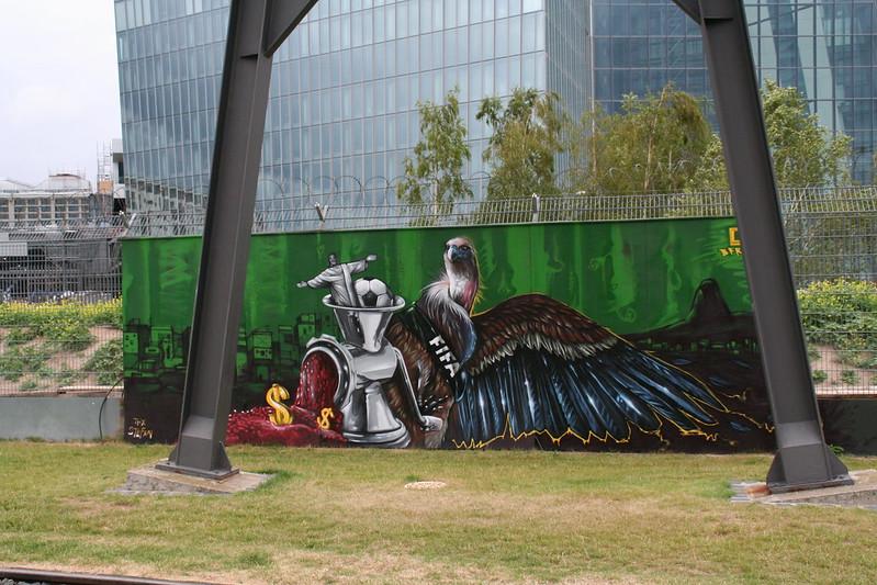 Streetart an der neuen EZB - Anti FIFA