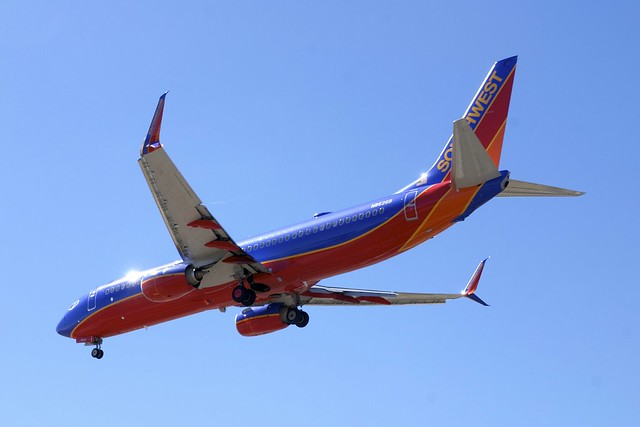 Boeing 737 swa_DSC_1113_n2686b_xshrp
