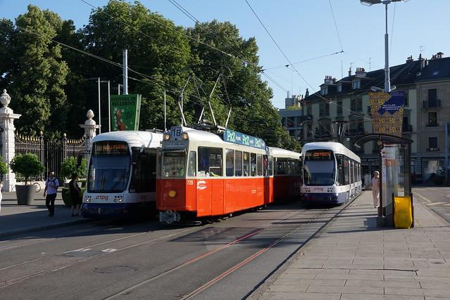 2014-07-16, Genève, Place Neuve