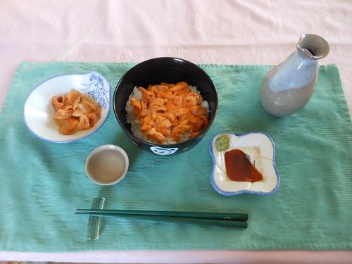 雲丹丼とホヤ刺身