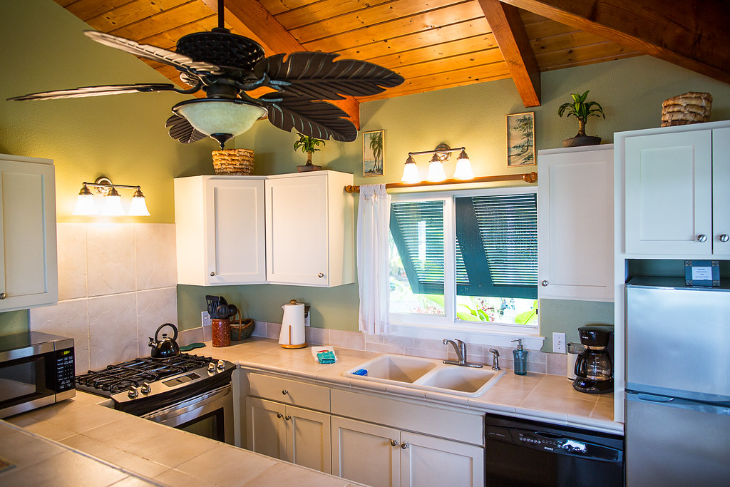 Kitchen - Hana Oceanfront Cottage