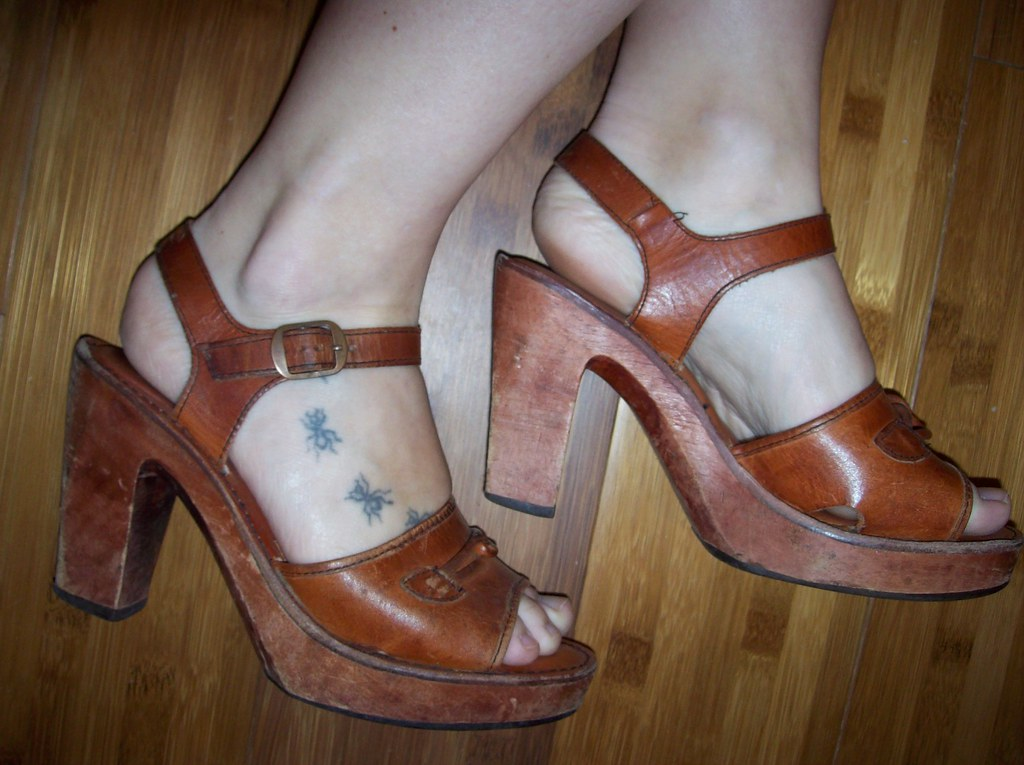 Vintage wood sandals