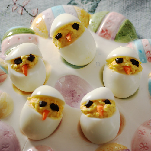 Baby Chick Deviled Eggs via MealMakeoverMoms.com/kitchen #easter #eggs