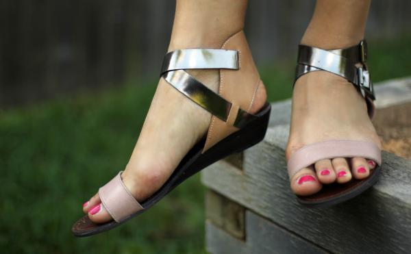 shoemint_sandals