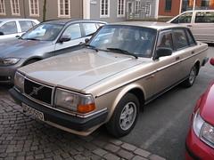 Volvo 240 GLE