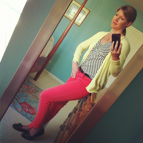 Monday's ootd: Kickin-down the cobblestones... Polka dot shirt, Target from eons ago.  Papaya jeans, J. Crew. Cardi, Old Navy.  Black loafers, Nickels via DSW.