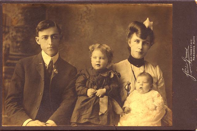 parsons kansas family portrait