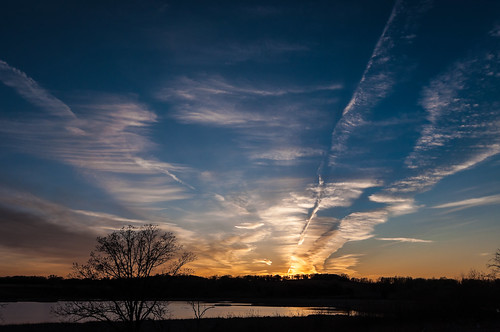 Sunset and Contrails-4562.jpg