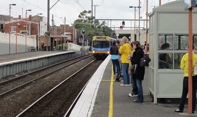 Bentleigh station, platform 2