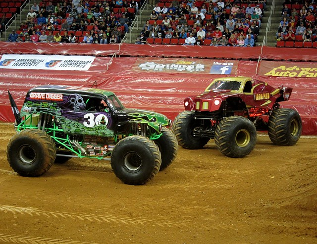Truck lineup* for Raleigh is El Toro Loco, Grave Digger, Great Clips Mohawk Warrior, Max-D, Megalodon, Mutant, Stone Crusher and Whiplash. *Trucks/drivers subject to change For more informaiton visit 694qusujiwuxi.ml