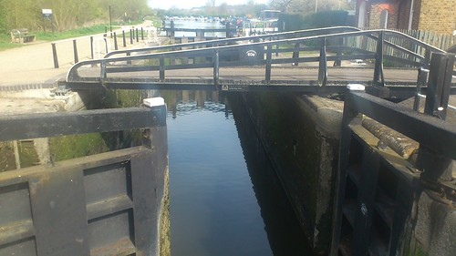 Stanstead Lock. Lee Navigation