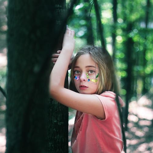 無料写真素材, 人物, 子供  女の子, 人物  樹木, アメリカ人