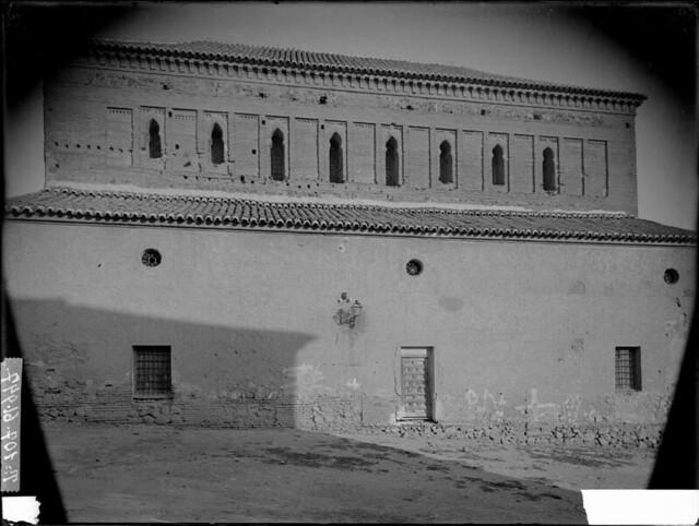 Sinagoga del Tránsito a comienzos del siglo XX. Fotografía de J. Lacoste © MECD, Fototeca del IPCE, signatura VN-22628_P