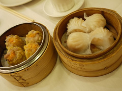 日, 2011-06-05 10:12 - 敦城海鮮酒家 の飲茶 Asian Jewels Seafood Restaurant シューマイとエビ餃子