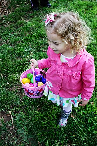 Auttie-with-basketful