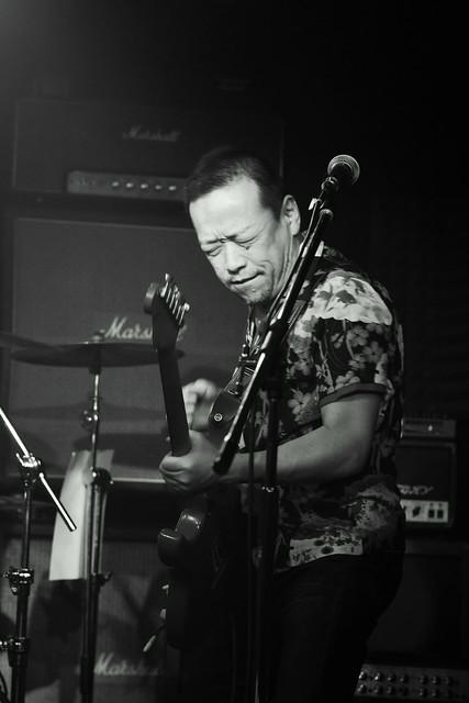 FLEA live at Crawdaddy, Tokyo, 07 Apr 2012. 335