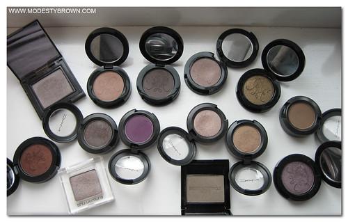 Eyeshadow+Pans2