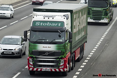 Volvo FH 6x2 Tractor with 3 Axle Curtainside Trailer - PX60 CNZ - H4558 - Sandy Sam - Eddie Stobart - M1 J10 Luton - Steven Gray - IMG_4839