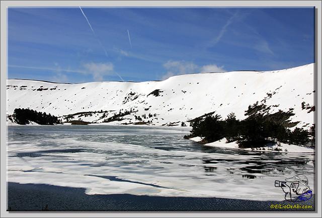 Lagunas de Neila (Burgos) heladas (10)