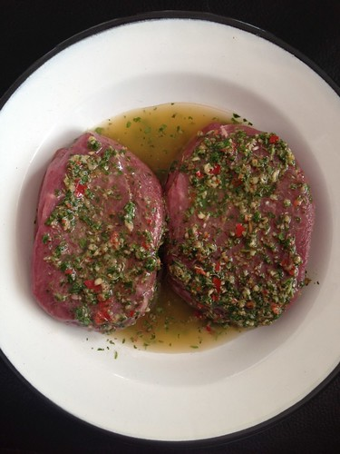 Foodblogswap - Argentijnse Chimichurri Saus Zelf Maken