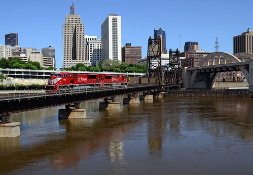 railroad stpaul trains robertstreetbridge inrd
